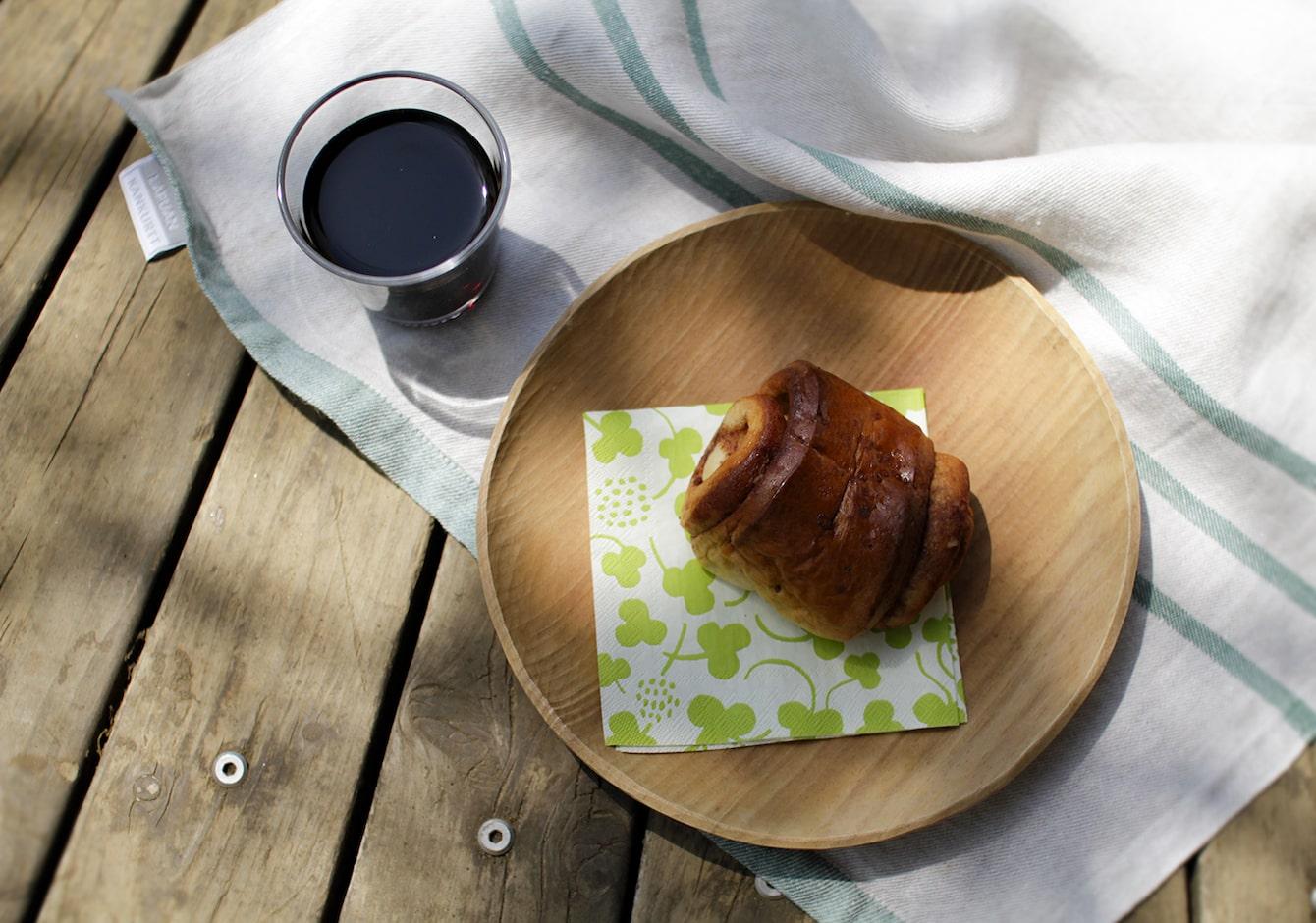 初夏のプレゼントキャンペーン / APILA paper napkinのイメージ画像