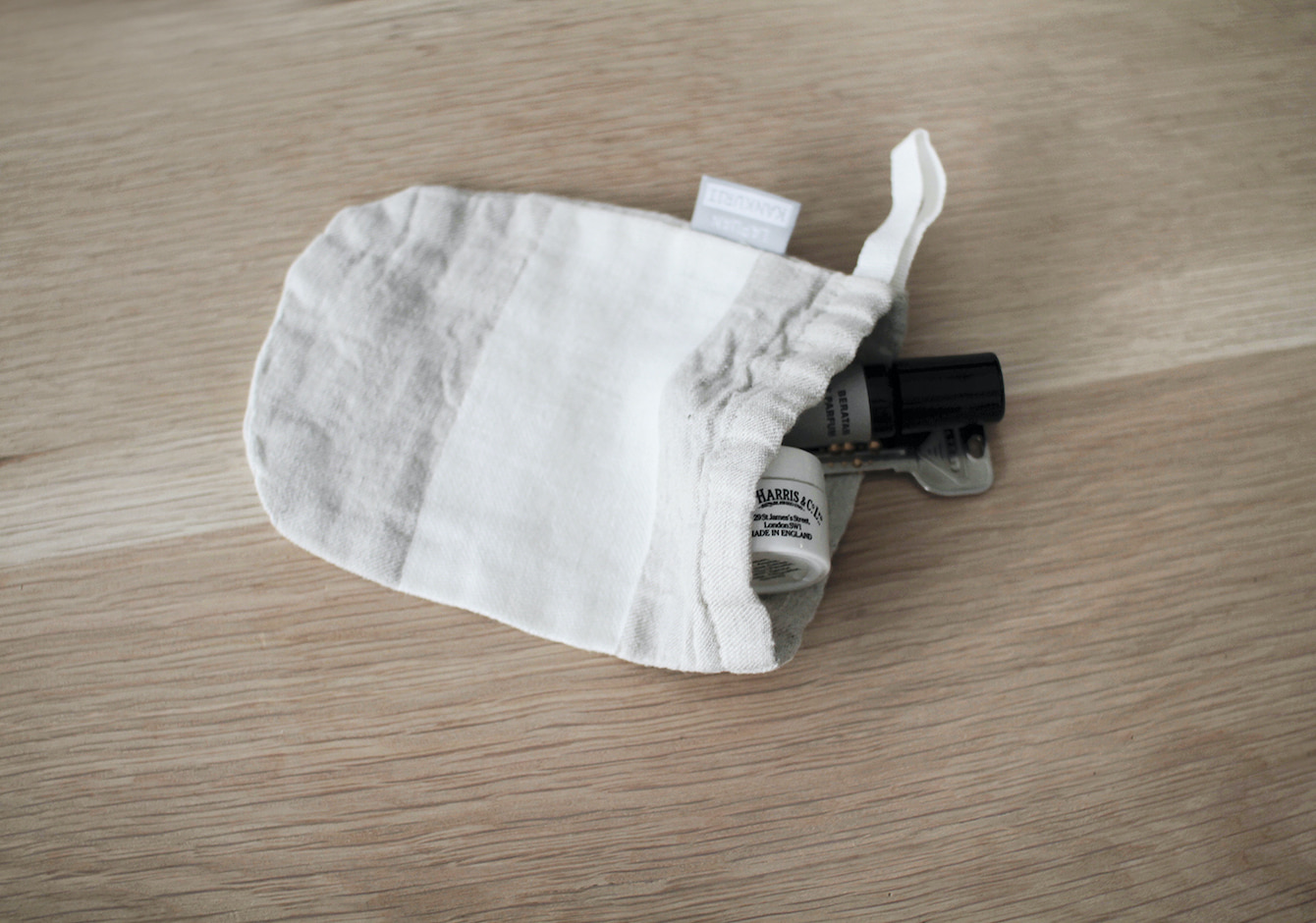 PRESENT CAMPAIGN / USVA soap bagのイメージ画像