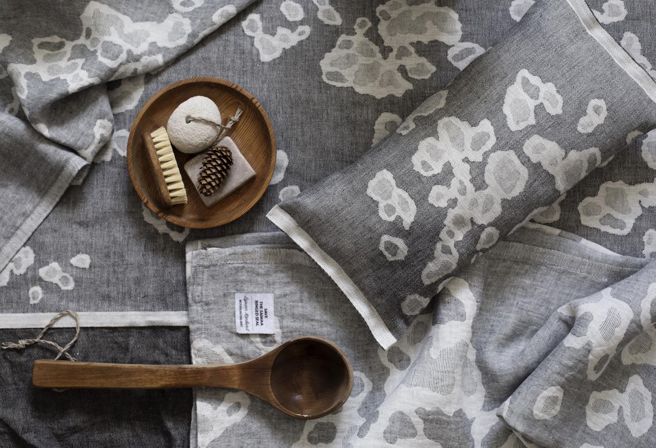 フィンランドのアザラシを想う、リネンで織られたワモン柄のイメージ画像